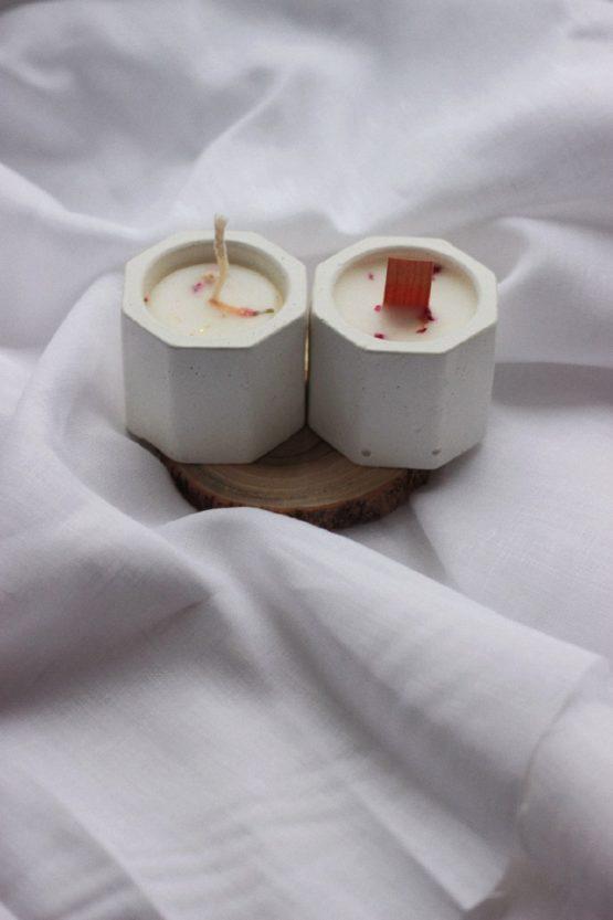 свеча в бетонном кашпо